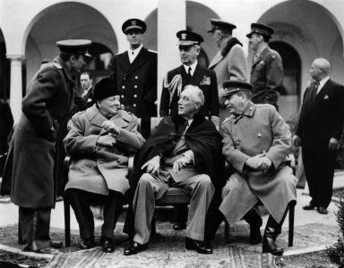 """Churchill, Roosevelt und Stalin: Als Verbündete gegen Hitler gehören sie alle drei zu den """"Guten"""""""