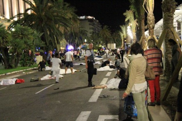 nice-terrorist-attacks-12-618x412